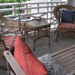 Porch of Ella Loose room
