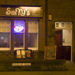 Saffy's at night