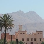 Kasbah facing a Oasis and mountains