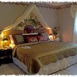 The Cinnamon bark en suite with King/twin beds and 'heavely dream mattresses