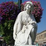 One of several statues in the Plaza
