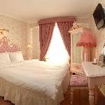 Deluxe Rose Room
