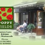 Poppyfields cafe Deli