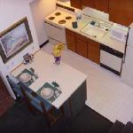 Hawthorn Suites - Room Interior