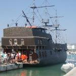 The Black Pearl - Kids will love the cruise with Captain Jack