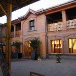 Hôtel de Charme situé à mi-chemin entre le centre ville d'An