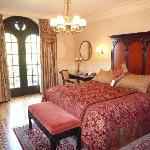 The Ledson guest room