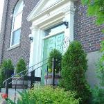 Photo de Green Door Bed and Breakfast