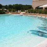 una delle belle piscine dell'hotel