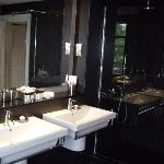 Antoher angle fo Bathroom, The Penthouse 7/1