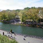 il fiume a fianco del santuario