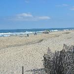 Short walk to the beach!