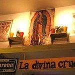 Foto de La divina cruda CanTina