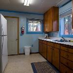 Kitchen, cabin 22