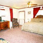 Aspen Inn Flagstaff Bed and Breakfast Wilson Room