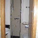 Townhouse double room bathroom 1