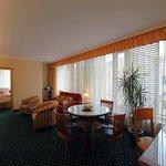 Longin Center - Marriott Executive Apartments