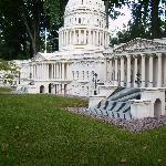 The capitol building in lego