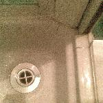 le incrostazioni della doccia 2