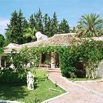 Garden frontview Villa