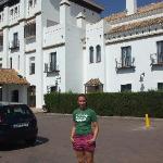 Hotel y parking
