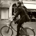 Bike to the Cafe!