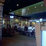 Boston's Restaurant & Sports Barの写真