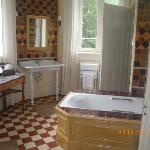 Chateau de Verriers - Saumur - Bathroom