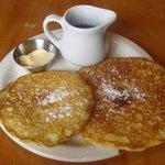 pancakes le matin en face a l epicerie
