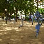 Öffentliche Finessgeräte an der Promenade