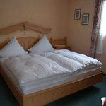 Zimmer 4, Doppelbett