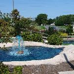 Water features at Long Neck Mini-Golf