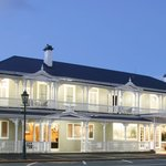 The Beautiful Princes Gate Hotel