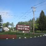 Myer Motel Sign
