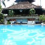 restaurant overlooking spa