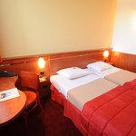 Photo of Brit Hotel Bordeaux Aeroport - Le Soretel