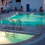 Hotel Kalisperis at night
