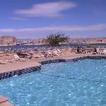 Der Pool mit geilem Panorama