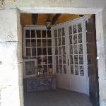 Puerta de entrada a LAS MORADAS DEL UNICORNIO,tras la que un universo de mágia y bienestar se ap