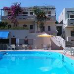Photo de Ledra Apartments