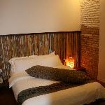 room (320 RM)