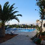 Oasis Beach Hotel Foto