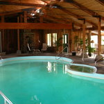 Indoor swimming pool & hot tub