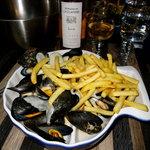 Roquefort Mussels