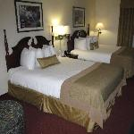 upscale bed and bedding