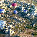 Ballooning over fairy chimneys