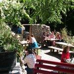 Gastgarten in der Schlucht