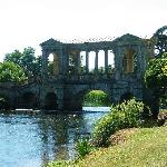 palladian bridge at Wilton House