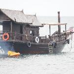 jonque thalandaise de l'hotel pour faire le tour de l'ile