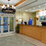 Zdjęcie Holiday Inn Express Hotel & Suites Watertown-Thousand Islands